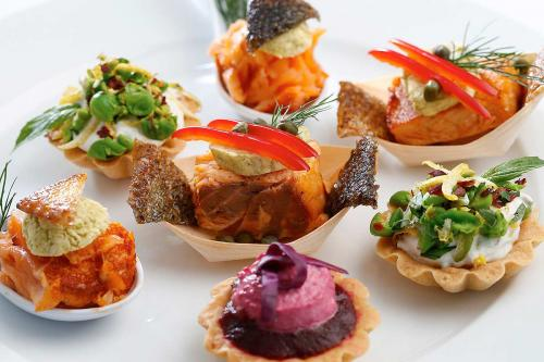 Kosher meals and catering by Lewis' Continental Kitchen